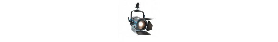 Projecteurs LED Fresnel RGBW